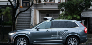 Uber non rinnoverà il permesso di testare auto senza conducente in California